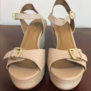 Clark's wedges size 10